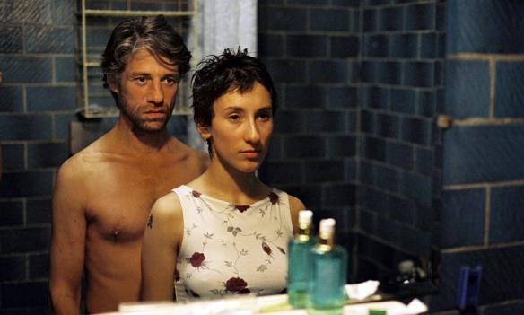 filme_gegen_wand_spiegel